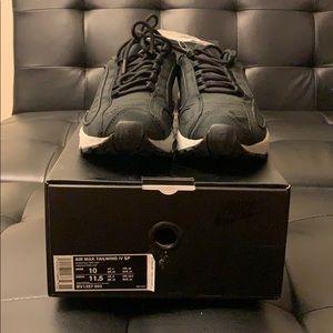 Nike Tailwind 4